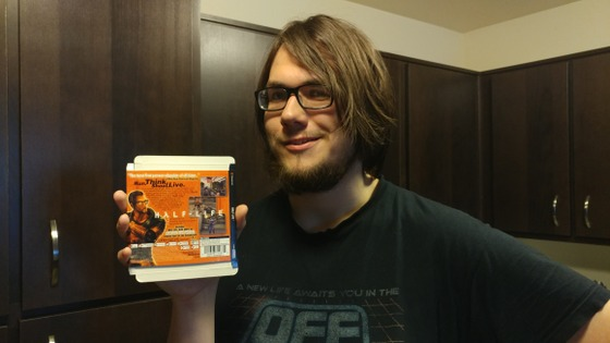 Me holding the original Half-Life: Dreamcast box production samples. This was acquired in a lot by my good friend @Xylemon. He scanned them many years ago and made them available to the community without watermarks. Lots of props to him! You can see the scans archived here: https://archive.org/details/half-life-dreamcast-box