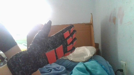 i got the HEV suit gloves done. thoughts?